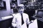 Билл Гейтс в возрасте 27 лет в офисе Майкрософт, 1982 год.